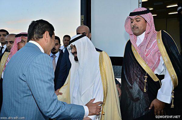 خادم الحرمين يصل إلى المغرب ..وينيب الأمير سلمان في إدارة شؤون الدولة