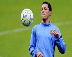 أدريانو يعود لتدريبات برشلونة بعد (6) أسابيع من الغياب