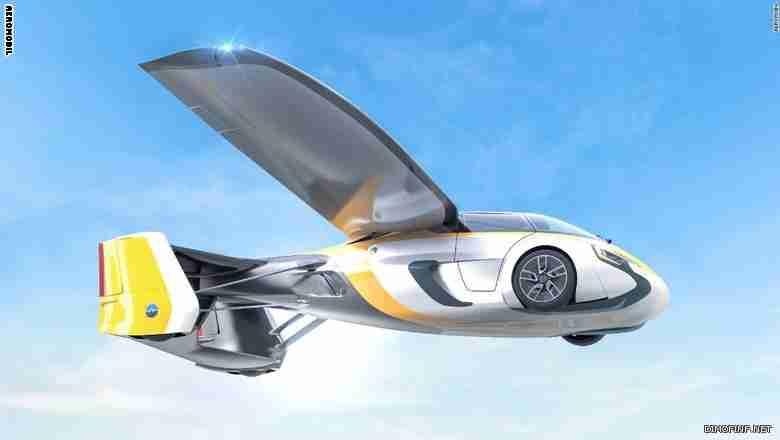 سيارة طائرة.. فقط بمليون ونصف دولار!