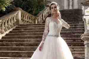 أجدد فساتين زفاف للمحجبات بتوقيع مصممين عرب