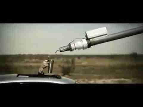 يحق لـ BMW ما لا يحق لغيرها - إعلان مميز لسيارة BMW