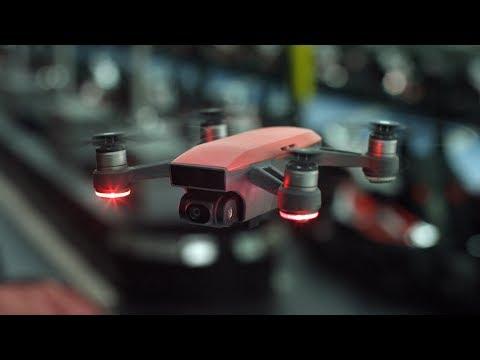 DJI تطلق النسخة Pro من طائرتها Phantom 4